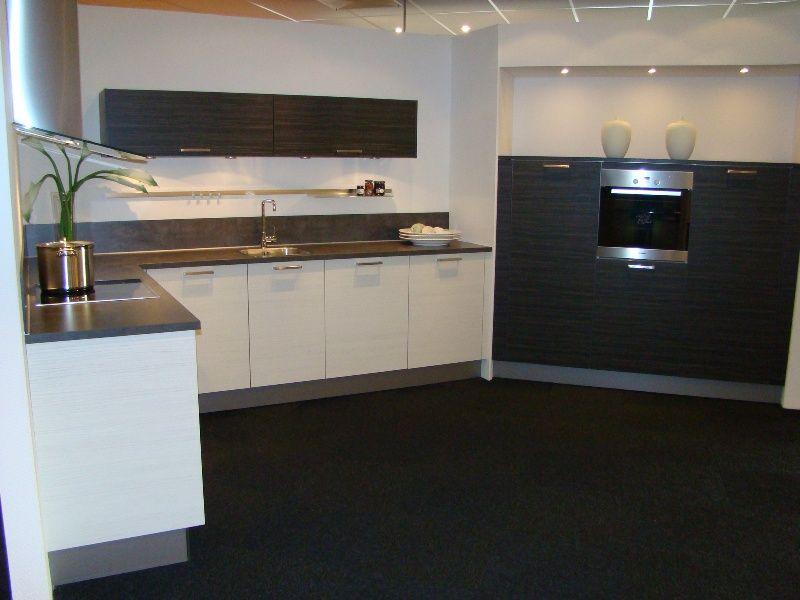 Keuken Zwart Wit : Showroomuitverkoop.nl