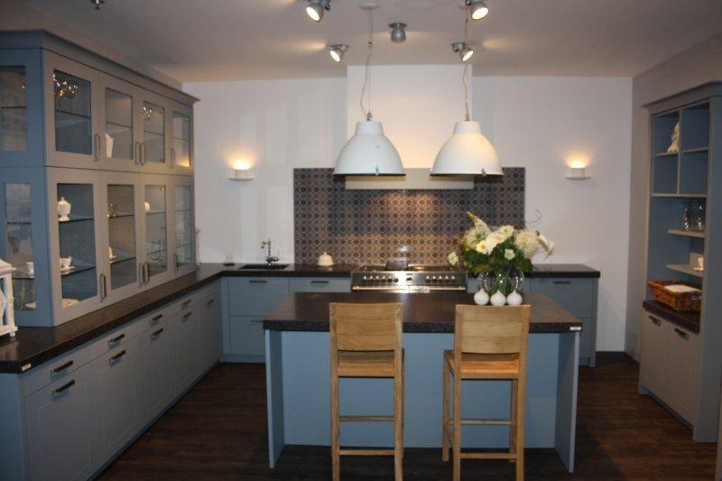 Keuken Met Eiland Te Koop : Keuken met werkeiland (Koopje !!) [47919]